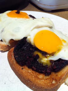 blackpudding eggs